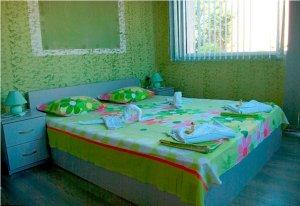ЗЕЛЕНАТА стая, БРЪМОВАТА къща, Павел баня