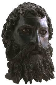 Бронзовата маска на Севт III